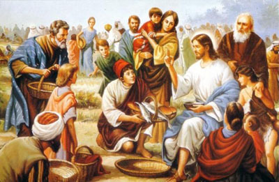 Jesus-feeding-the-5000-with-loaves-and-fishes